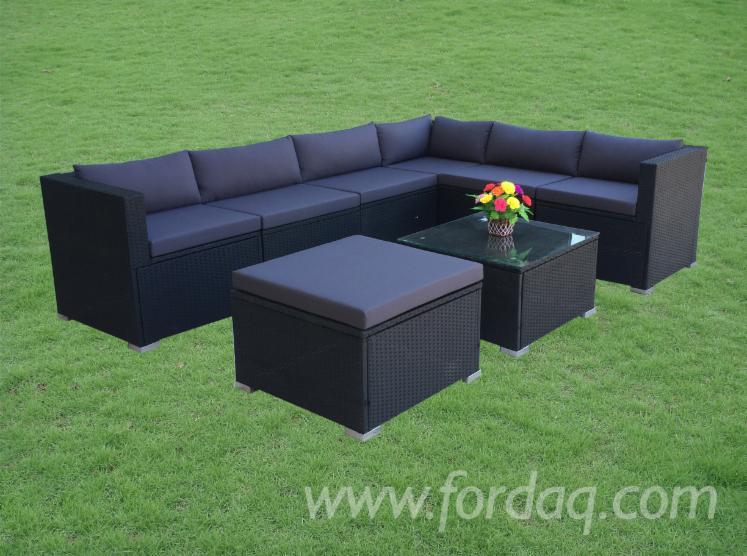 Corner-Rattan-Sofa