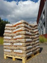 Дрова - Пеллеты - Щепа - Пыль - Отходы Для Продажи - Пихта Древесные Пеллеты Литва