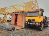 Servicii Comerciale Pentru Industria Lemnului - Inchiriere camion cu macara