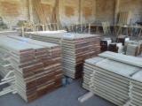 Hardwood Lumber And Sawn Timber - Oak Planks 30-50 mm