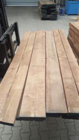 American Walnut Planks, KD, #1com, 26; 33; 40; 52 mm thick