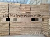 Recycled Armand Pine Moulded Pallet Blocks