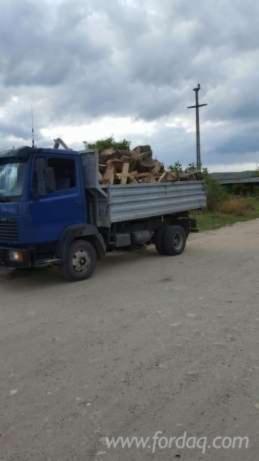 Wholesale Fir Firewood/Woodlogs Cleaved Romania