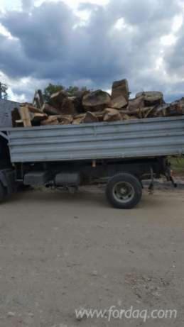 Fir Firewood/Woodlogs Cleaved