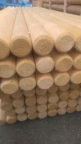 Poutres Rondes Cylindriques à vendre - Vend Poutres Rondes En Forme Conique Epicéa  - Bois Blancs