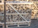 Firewood, Pellets And Residues - KD Oak Cleaved Firewood