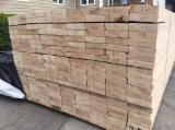 Ukraine Sawn Timber - Good Quality Edged Spruce Planks from Ukraine