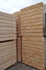 Schnittholz - Besäumtes Holz Zu Verkaufen - Esche , Eiche, Pappel, 55 - 55 m3 Spot - 1 Mal