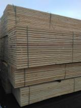 Dried boards of different sizes and specifications