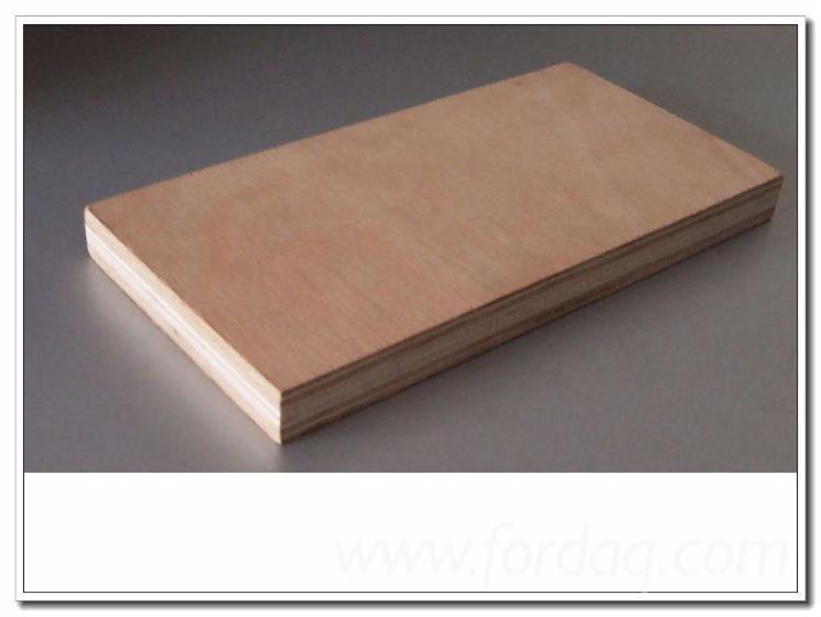Pencil-Cedar-Plywood-with-Poplar-Core-MR