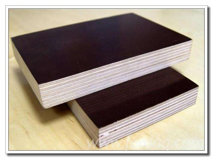 Black-Film-Faced-Plywood-For-Construction