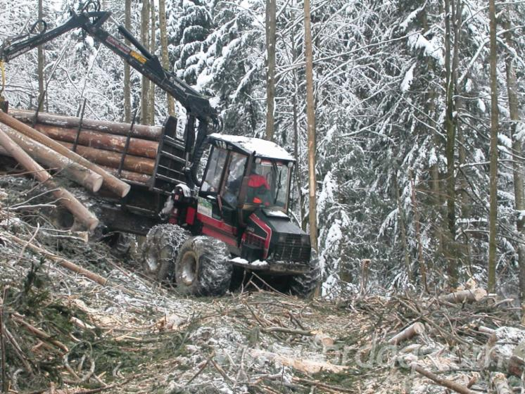 Used-Valmet-840-1997-Forwarder