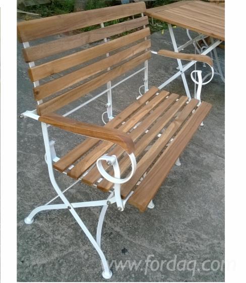 FSC Acacia/ Metal Folding Garden Bench