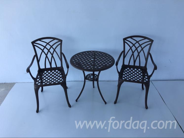 Casting-Aluminum-Outdoor-Furniture-Sets-In-Black
