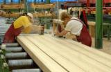 Softwood  Glulam - Finger Jointed Studs For Sale - Spruce Glulam Straight Beams, 60-280 mm thick