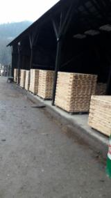 Hardwood  Sawn Timber - Lumber - Planed Timber Beech - Beech Squares Romania
