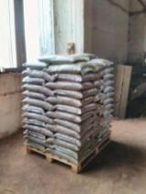 Romania Supplies - Oak Wood Pellets -- mm