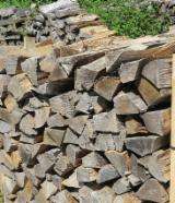 Firewood, Pellets And Residues - Beech / Oak Cleaved Firewood, AD 2 years, 50 cm long, on pallets of 1.5 steres and in bulk