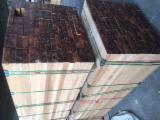 Laubschnittholz, Besäumtes Holz, Hobelware  Zu Verkaufen Italien - Bretter, Dielen, Teak