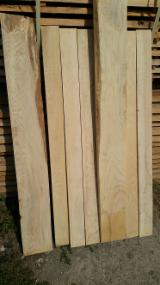 Hardwood  Sawn Timber - Lumber - Planed Timber For Sale - Ash 30 mm Sawn Boards, Core and Olive
