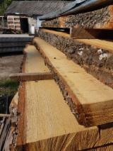 Laubholz  Blockware, Unbesäumtes Holz Ukraine - SONDERANGEBOT zum Sofortkauf - Eichenbretter trocken 0-1 Sorte