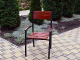 Meubles Pour Collectivités à vendre - Vend Chaises De Terrasse De Restaurant Traditionnel Résineux Européens Pin (Pinus Sylvestris) - Bois Rouge