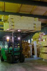 LVL - Laminated Veneer Lumber in Vendita - Vendo LVL - Laminated Veneer Lumber Abete  - Legni Bianchi Russia