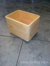 Finden Sie Holzlieferanten auf Fordaq - MASSIV-DREV LLC - Kisten, Alle