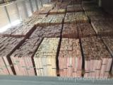 Finden Sie Holzlieferanten auf Fordaq - SSR Vietnam - 1 Schicht Massivholzplatten, Pyinkado