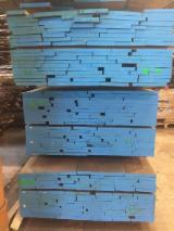 Slovenia - Fordaq Online market - ABC Oak Planks, 35 or 55 mm thick, 8-10% moisture