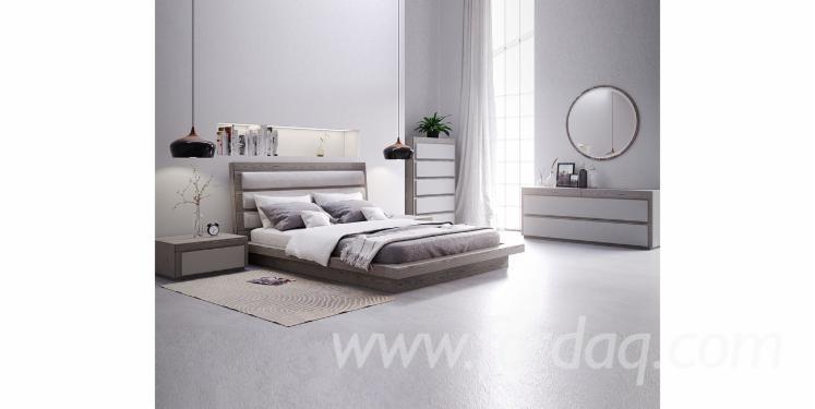 Oak-Bedroom
