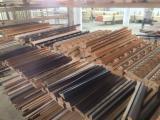 木质组件、木框、门窗及房屋 非洲 - 实木及其它抛光材料, 白梧桐木, 木框线