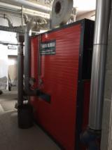 CALDAIA VALMAGGI ad acqua calda Modello CT-M per la combustione di segatura