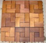 B2B 室外复合地板待售 - 上Fordaq采购或销售 - 防滑地板(单面)