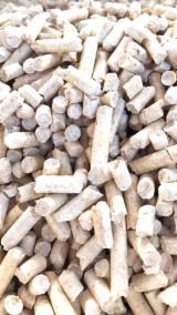 Brennholz, Pellets, Hackschnitzel, Restholz Zu Verkaufen - ENplus Sibirische Fichte Holzpellets