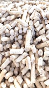 Firewood, Pellets And Residues for sale. Wholesale Firewood, Pellets And Residues exporters - Siberian Spruce Pellets ENplus A1