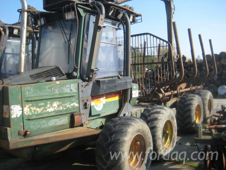 Used-Timberjack-Minibruunett-678-1992-Forwarder