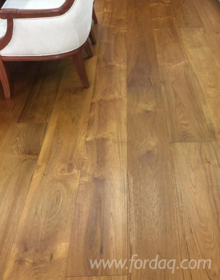 Teak-Flooring-One-Strip