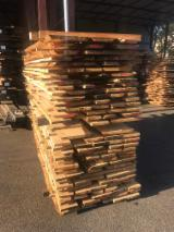 Hardwood  Unedged Timber - Flitches - Boules PEFC FFC - Fresh Oak Loose Timber 27 mm