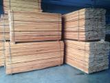 Hardwood  Unedged Timber - Flitches - Boules Steamed < 24 Hours - Steamed Beech Loose Timber 26 mm