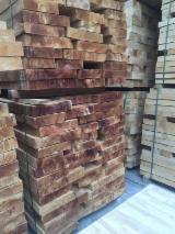 栈板、包装及包装用材 亚洲 - 橡胶木, 1000 立方公尺 每个月