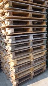 Palettes - Emballage - Vend Palette CP Recyclée - Occasion En Bon État Goriška Slovénie