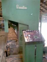 Maquinaria Para La Madera en venta - Venta Sierras Transversales Para Tableros Primultini  SG 1300 Usada 1992 Italia