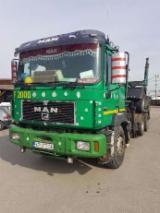 Oprema Za Šumu I Žetvu - Kamion Za Prevoz Kraćih Stabala Man Polovna 1997 Rumunija