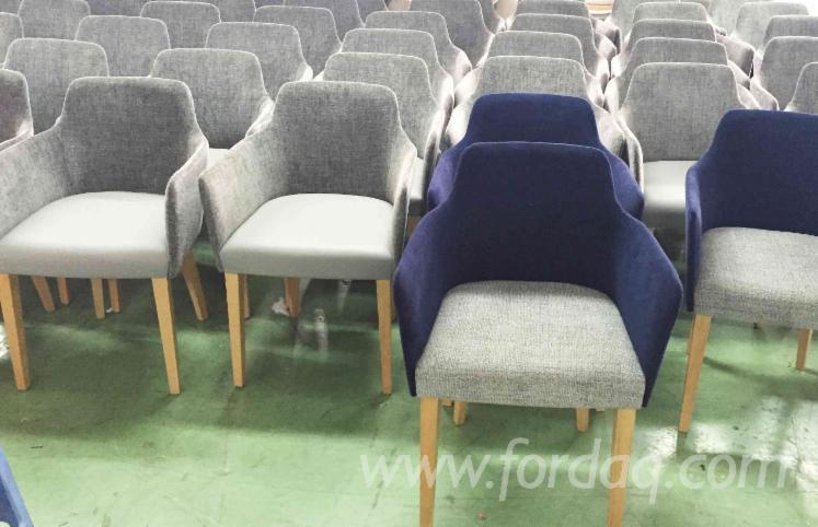 Vendo-Sedie-Da-Ristoranti-Design-Latifoglie-Europee