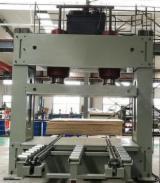 Автоматичний Прес Для Шпону На Прямі Поверхні EUC Нове Китай