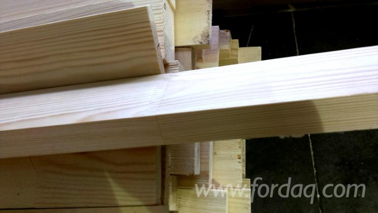 Edged-Thermo-Treated-Pine-Planks