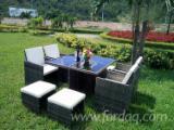 Nameštaj Za Vrtove Za Prodaju - Garniture Za Vrtove, Tradicionalni, 1 - 10 40'kontejneri mesečno