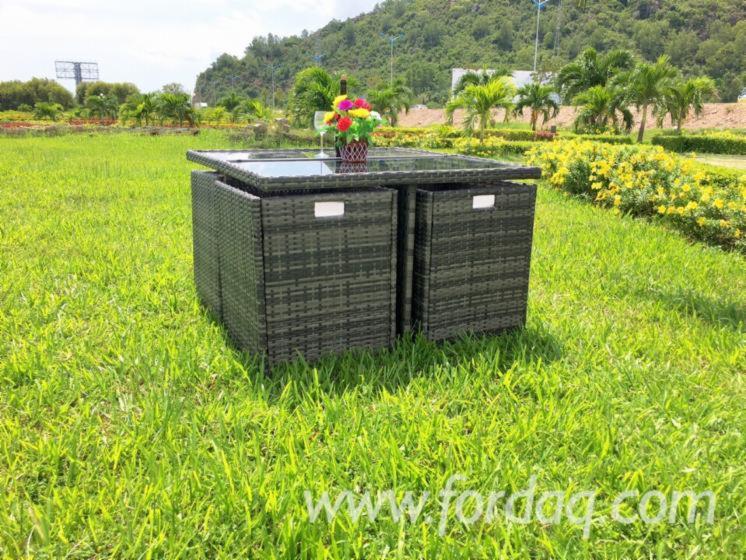 Vendo set da giardino tradizionale altri materiali rattan - Set da giardino in rattan ...