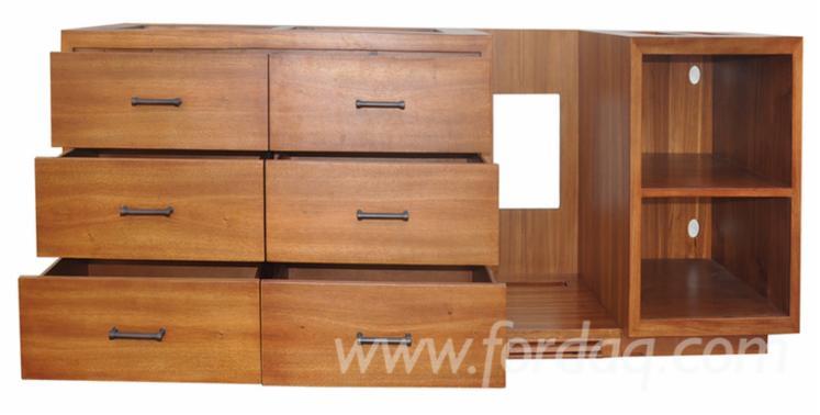 Vend-Commodes---Penderies-Design-Autres-Mati%C3%A8res-Bois